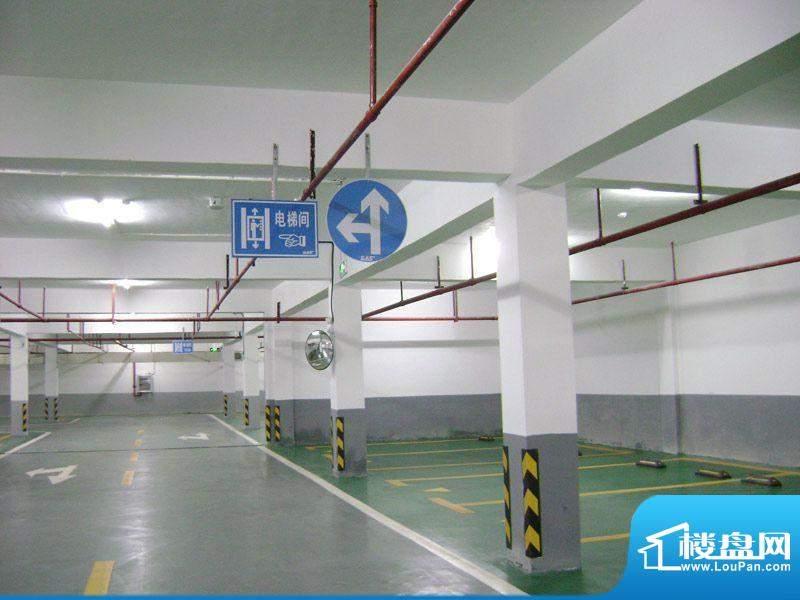 汇福·蔚蓝豪廷项目地下停车场20110622