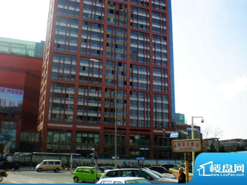 大悦公寓外立面实景图2010.4
