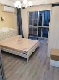 新城锦东家园精装修单身公寓1室1厨1卫家电齐全拎包入住