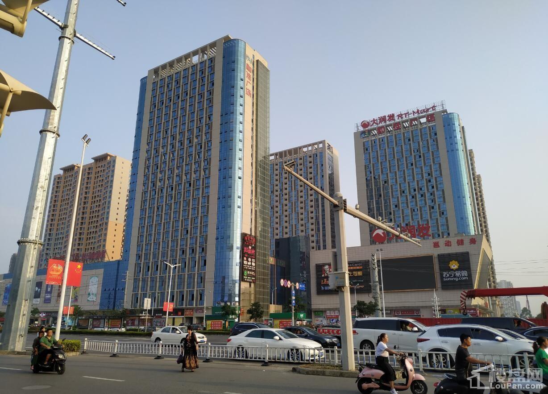 和佳商业广场(新大润发) 实景图