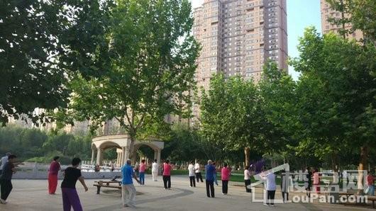 悦城实景图