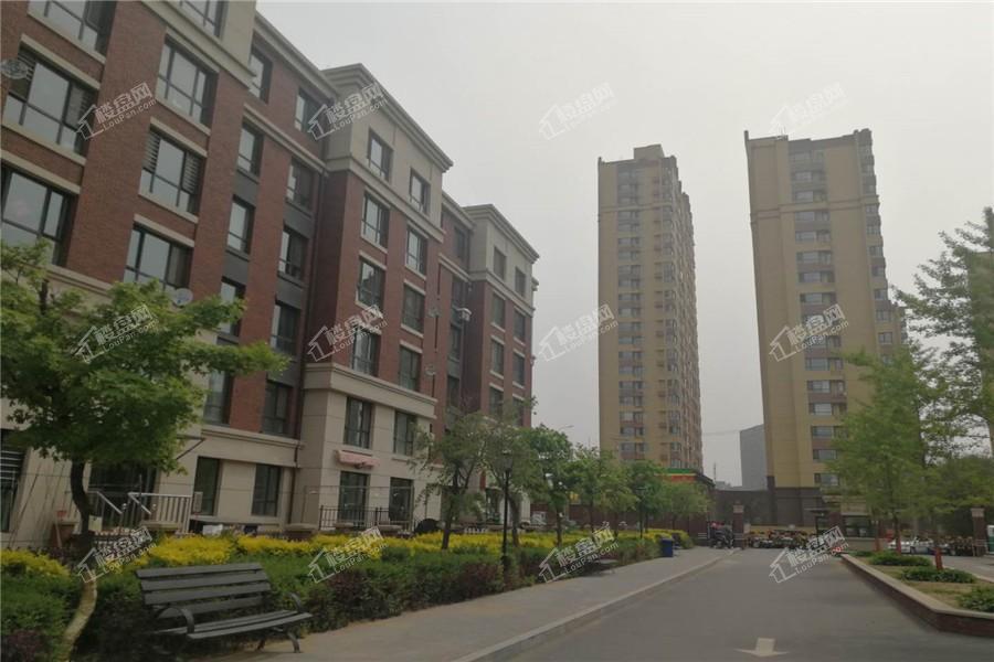 三隆熙湖枫景实景图