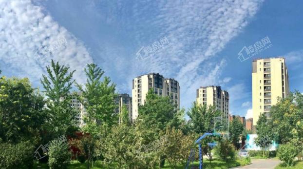 北京城建·龙樾西山实景图