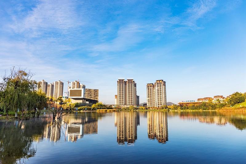中铁阅山湖实景图