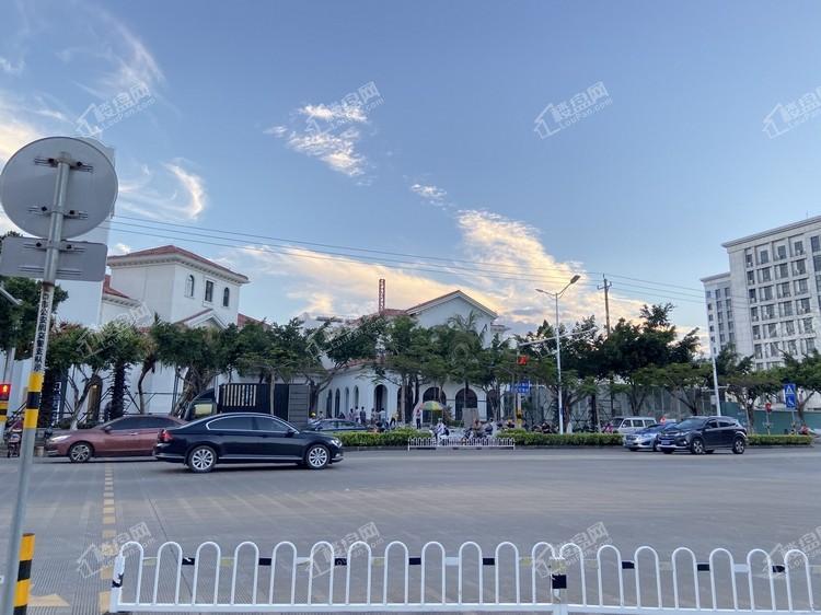 绿地领海广场实景图