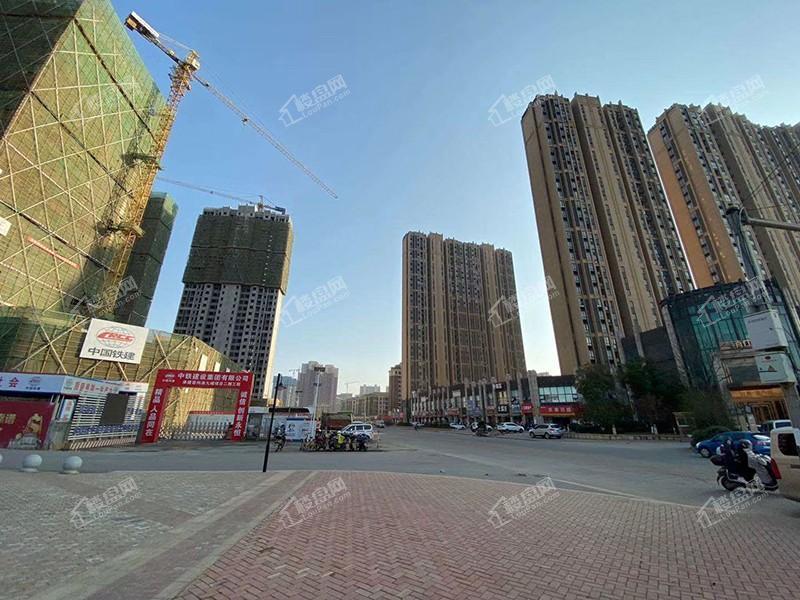 容州港九城实景图