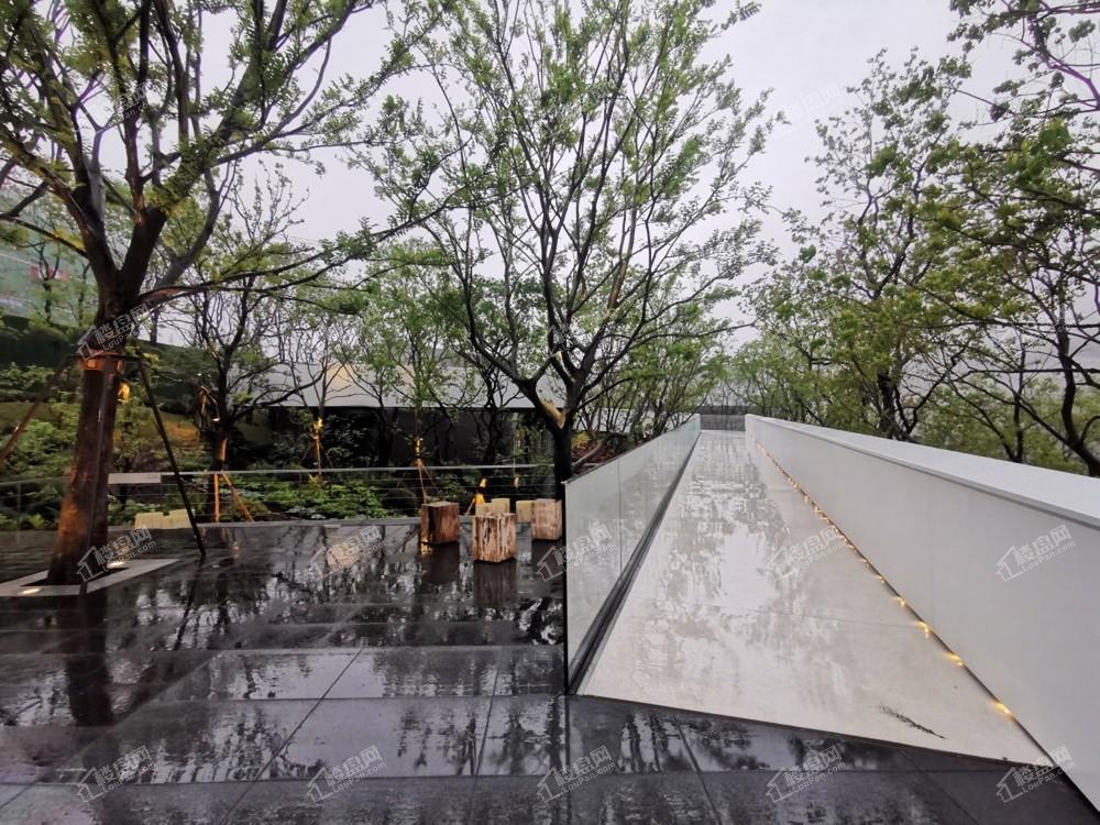 重庆龙湖云瑶玉陛实景图