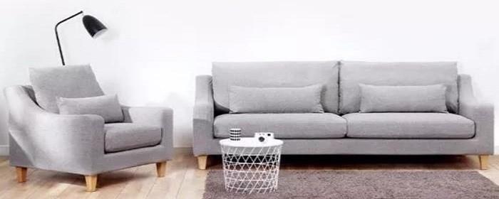 沙发应该放在客厅的哪个位置