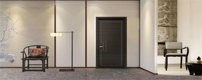 门铰链如何调整