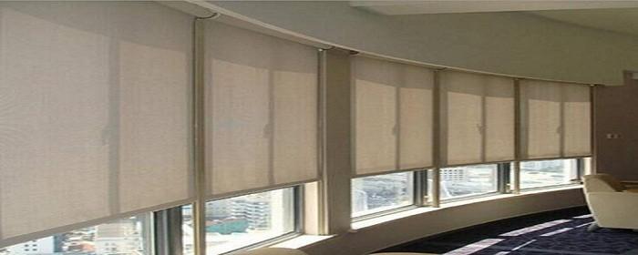 升降窗帘怎么安装