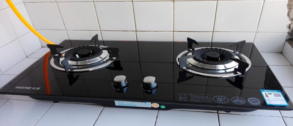 天然气灶接口怎么接金属软管
