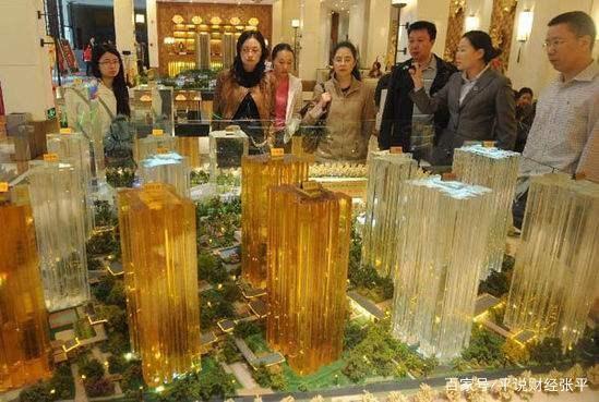 是高房价限制了其他行业的消费和发展?
