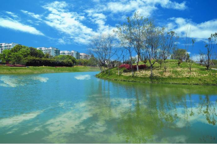高淳孔雀城湖畔澜庭筑一席城市理想湖居
