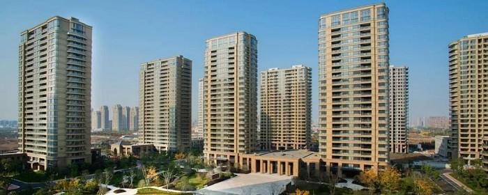 市场化商品房属于开发商开发的销售房屋这类房屋能够办理产权证土地证是能够自定价格出售的房屋