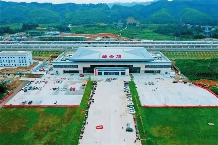 广西面积最大县级火车站正式启用,候车大厅可容纳千名旅客