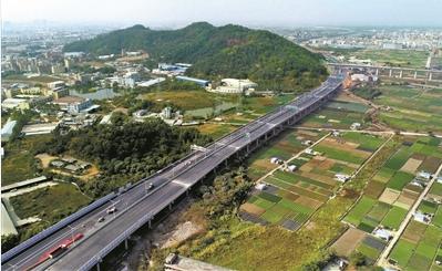 """""""三环十九射""""织就广州高速公路枢纽"""