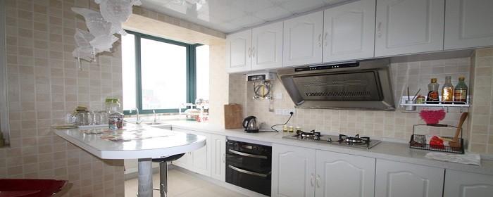 厨房橱柜.jpg