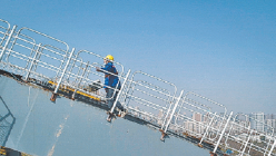 确保4月具备通车条件 汉江湾桥建设者每天伴日出开工
