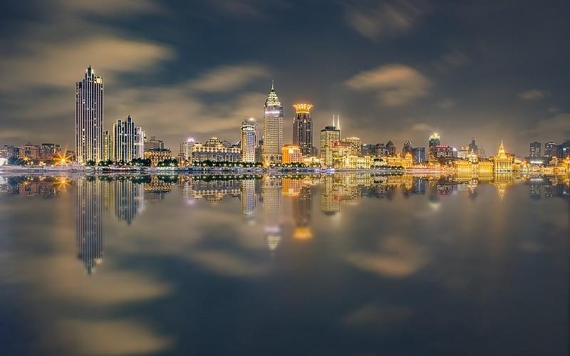龙湖首两月合约销售352.8亿 同比增逾一倍