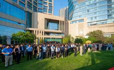 5月8日,厦门泰禾红树湾院子召开分销誓师大会,期待再造销售佳绩