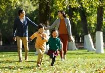 中央实施三孩生育支持政策 加强税收及住房等措施!