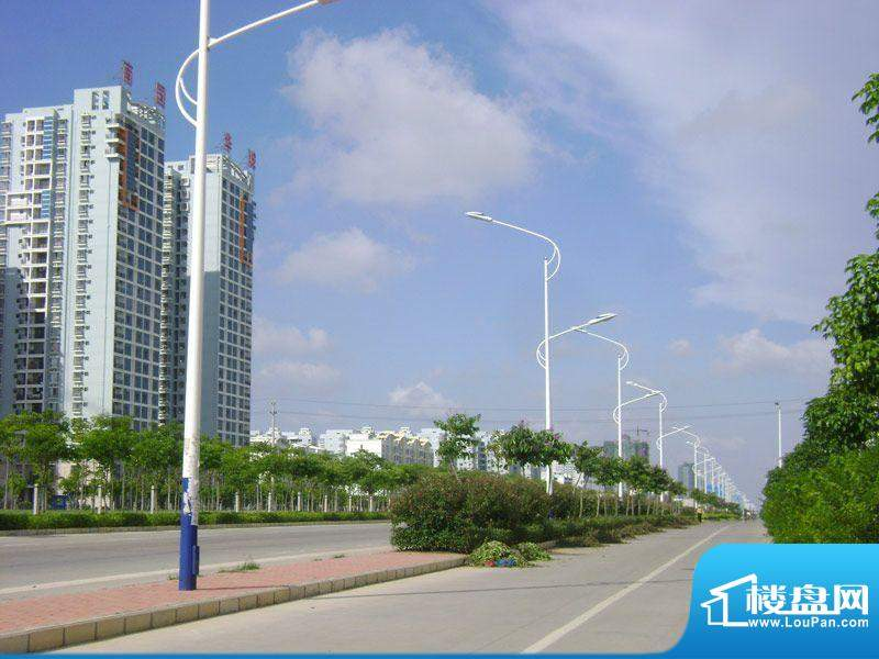 南国华城项目外部实景20120516