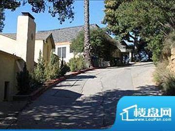 2272 Bronson Hill Dr,90068,洛杉矶
