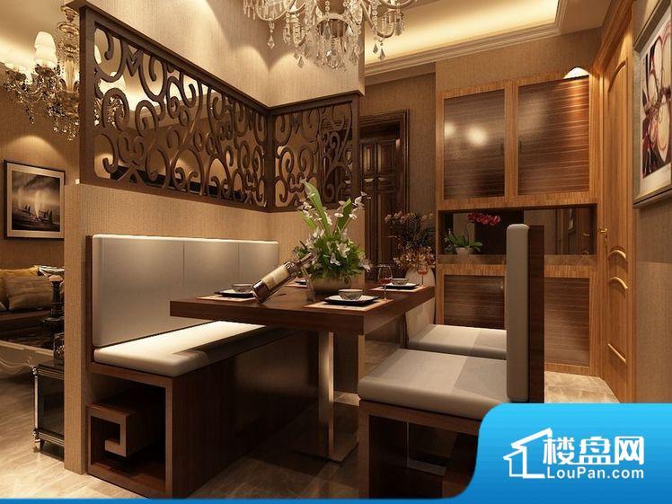 各个空间都很方正,方便后期家具的摆放。整个空间不够通透,不利于空气流通,尤其是夏天会比较热。厨房门对着客厅会有油烟方面的困扰,不过通风好也可以忽略。各个功能区间面积大小都比较合理,后期使用起来比较方便,居住舒适度高。公摊相对合理,一般房子公摊基本都在此范畴。日常使用基本满足。
