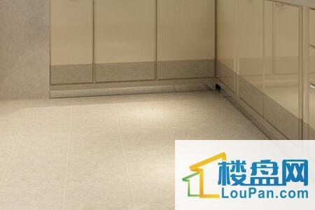 厨房,瓷砖地板,家电,清洁保养,水电