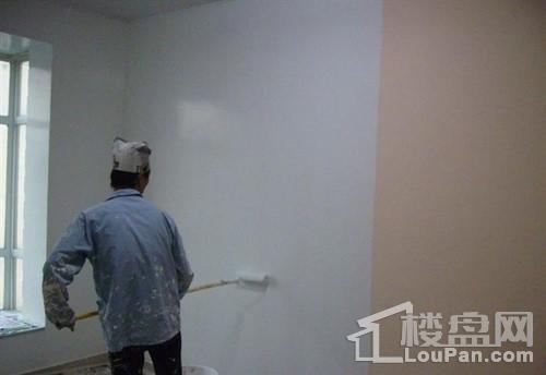 墙面翻新价格是多少
