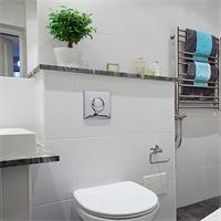 卫生间白色墙砖配什么颜色地砖